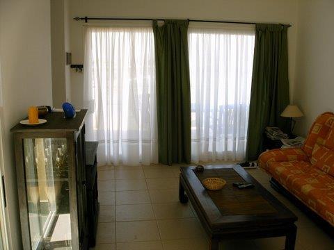 AAABungalow lounge 1
