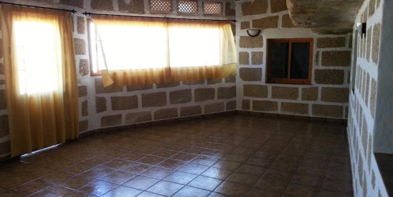 AAA18 Terraza interior